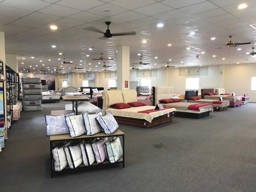 【高雄傢俱】床墊工廠+彈簧床評價分享|推薦傢俱街最經濟實惠的床墊品牌~選購最適合的床墊第一首選●獨立筒床墊超好睡的!