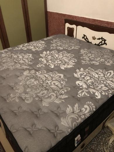 【高雄床墊】雙人床墊、乳膠床墊,這間傢俱店旗下有好多針對不同睡眠需求設計的床墊∥看完鳳山家具工廠的品質~還是這個床墊品牌好